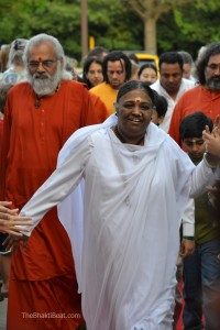 Amma in North America 2012 by TheBhaktiBeat.com