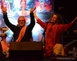 SRI Kirtan Sruti Ram Ishwari @ Bhakti Fest Midwest by TheBhaktiBeat.com