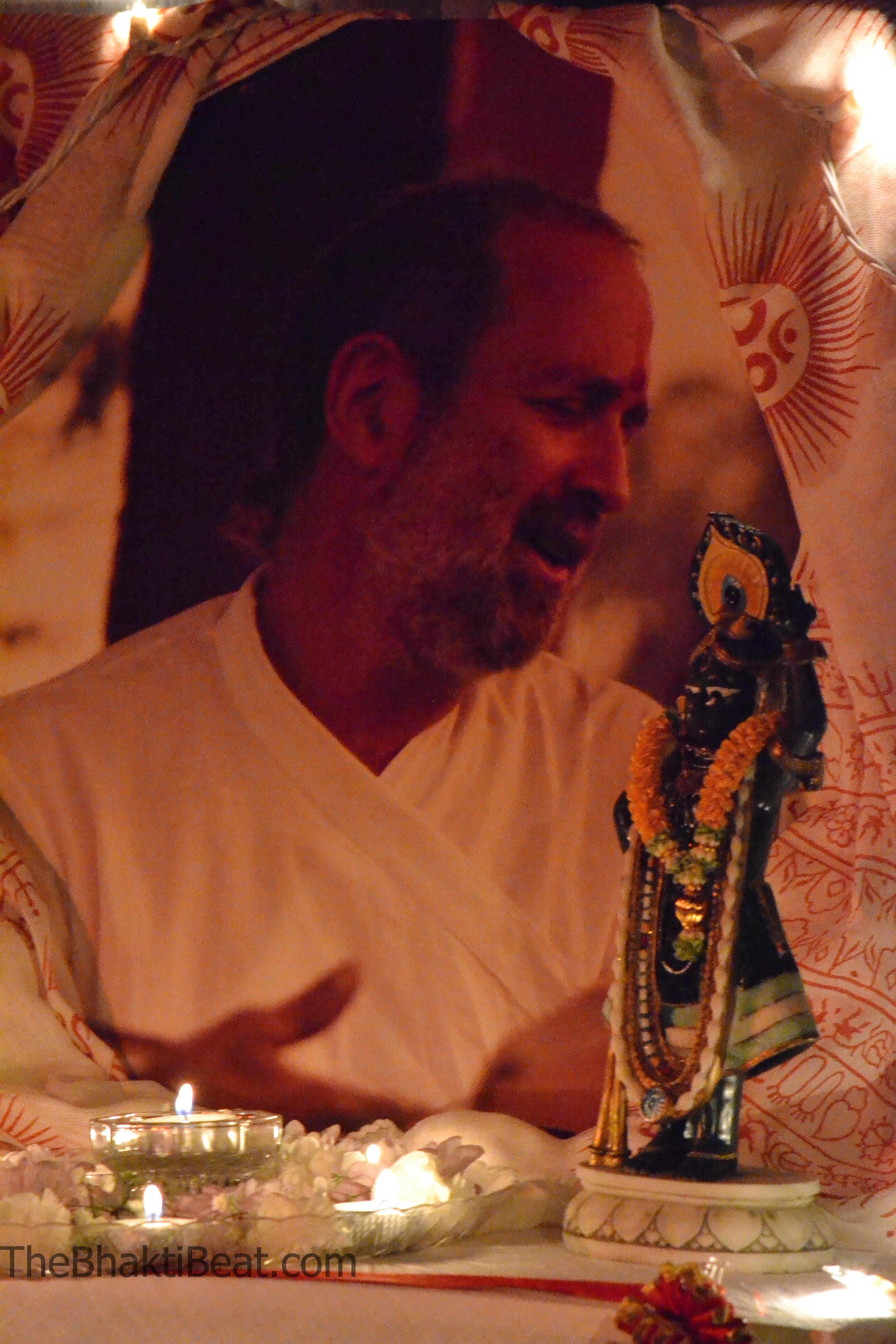Ananda Ashram Shyamdas Tribute by TheBhaktiBeat.com