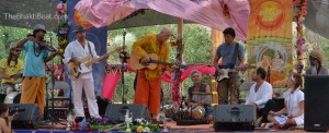 Jim Beckwith at Bhakti Fest by TheBhaktiBeat.com
