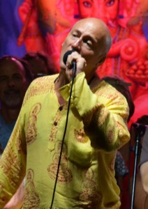 Jim Beckwith at Bhakti Fest Midwest by TheBhaktiBeat.com