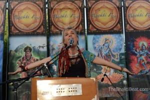 Larisa Stow & Shakti Tribe, Bhakti Fest May 2014, by TheBhaktiBeat.com