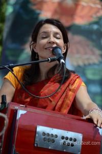 Gina Sala, Bhakti Fest May 2014, by TheBhaktiBeat.com
