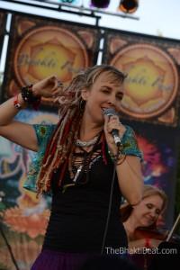 Larisa Stow & Shakti Tribe Bhakti Fest 2014 by TheBhaktiBeat.com